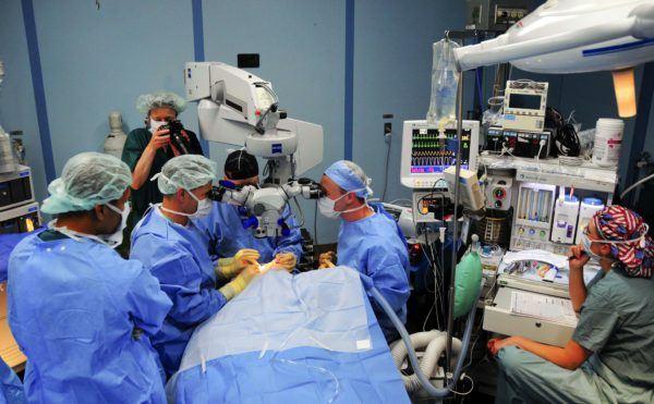 хирургическое вмешательство на глазах является серьезной операцией